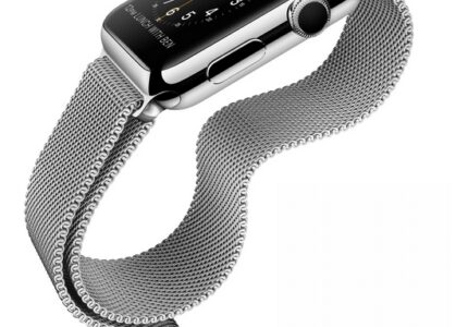 megerkezett-itt-az-uj-iphone-6-es-iwatch-okosora